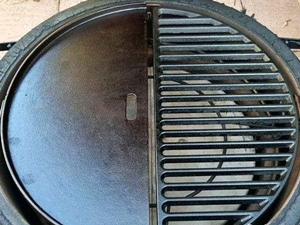 Cast-Iron Grill Grate Instead Of The Provided Stainless Steel