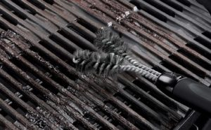 Clean Cast Iron Grill Grates Featured